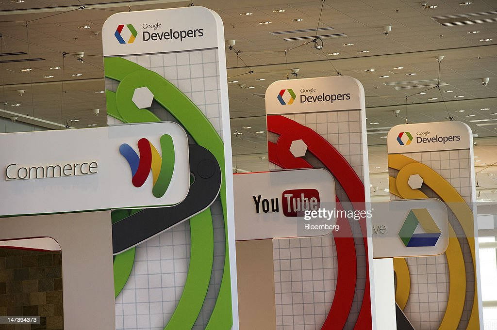 Google Developers signage is displayed during the Google I/O conference in San Francisco, California, U.S., on Thursday, June 28, 2012. Google Inc., owner of the world's most popular search engine, unveiled a cloud-computing service for building and running applications to help woo customers and challenge Amazon.com Inc.'s Web Services. Photographer: David Paul Morris/Bloomberg via Getty Imagesj