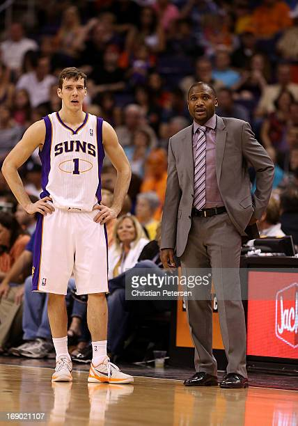 Goran Dragic and head coach Lindsey Hunter of the Phoenix Suns during the NBA game against the Golden State Warriors at US Airways Center on April 5...