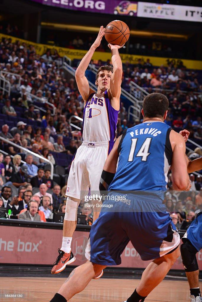 Goran Dragic #1 of the Phoenix Suns shoots against the Minnesota Timberwolves on March 22, 2013 at U.S. Airways Center in Phoenix, Arizona.