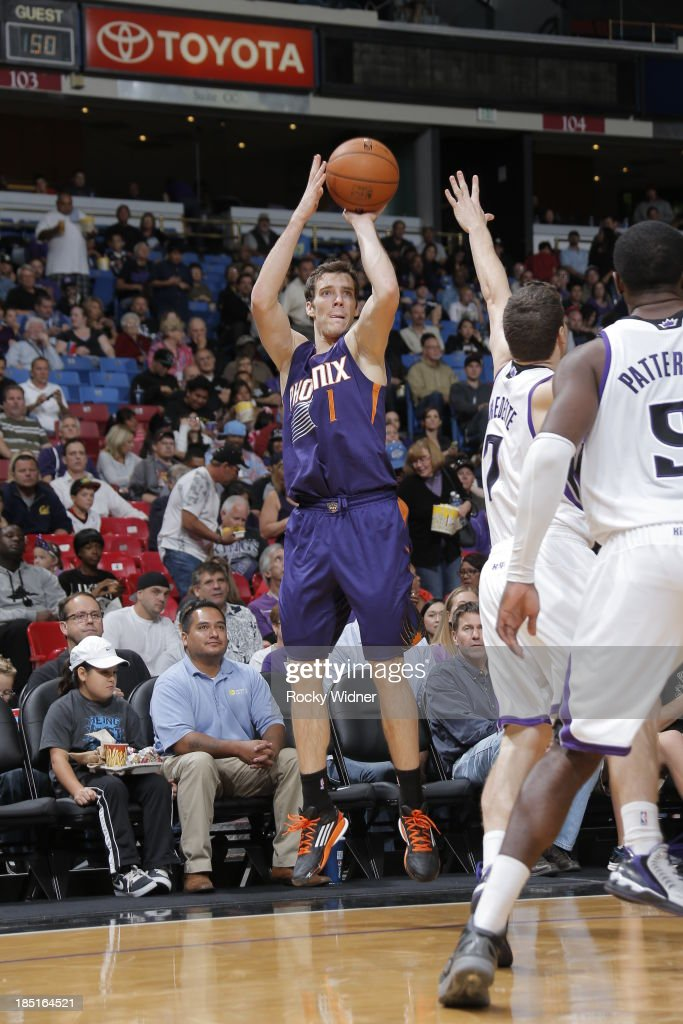 Goran Dragic #1 of the Phoenix Suns shoots the ball against the Sacramento Kings at Sleep Train Arena on October 17, 2013 in Sacramento, California.