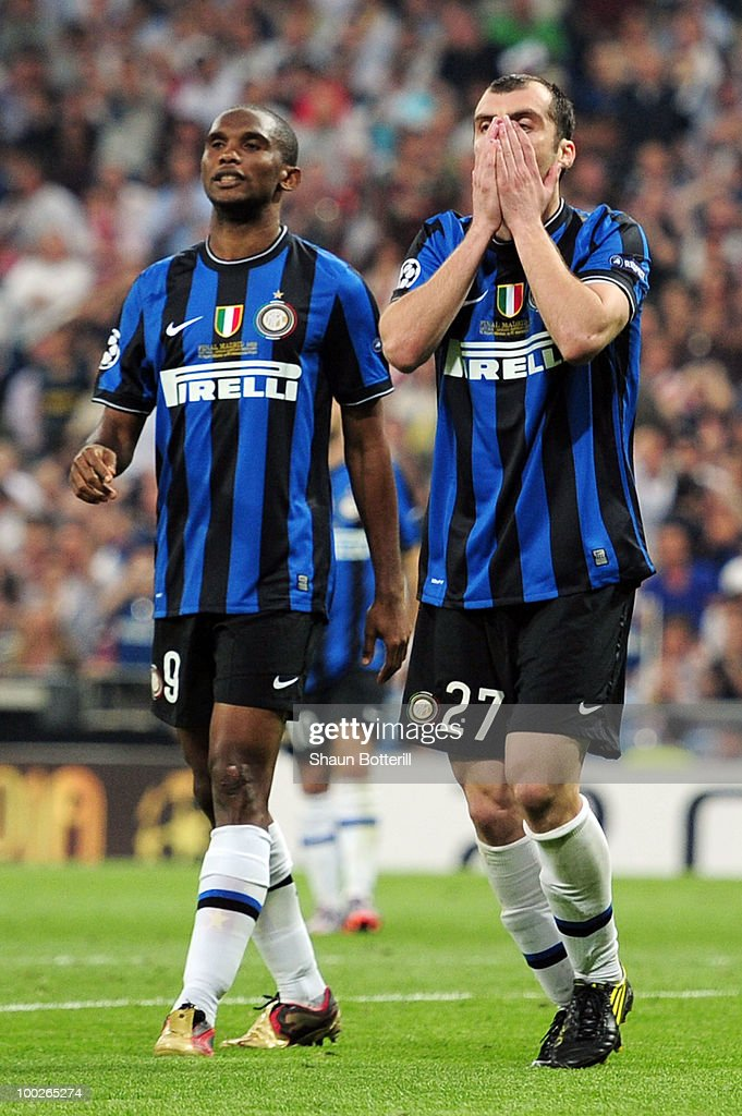 <a gi-track='captionPersonalityLinkClicked' href=/galleries/search?phrase=Goran+Pandev&family=editorial&specificpeople=800427 ng-click='$event.stopPropagation()'>Goran Pandev</a> (R) and <a gi-track='captionPersonalityLinkClicked' href=/galleries/search?phrase=Samuel+Eto%27o&family=editorial&specificpeople=210530 ng-click='$event.stopPropagation()'>Samuel Eto'o</a> of Inter Milan react during the UEFA Champions League Final match between FC Bayern Muenchen and Inter Milan at the Estadio Santiago Bernabeu on May 22, 2010 in Madrid, Spain.