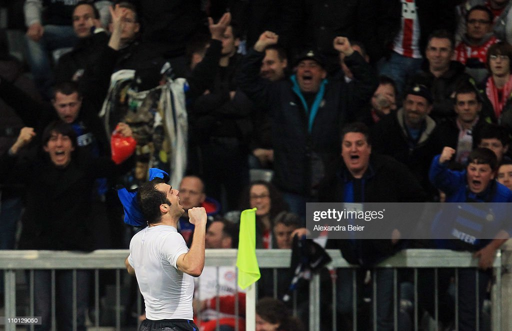<a gi-track='captionPersonalityLinkClicked' href=/galleries/search?phrase=Goran+Pandev&family=editorial&specificpeople=800427 ng-click='$event.stopPropagation()'>Goran Pandev</a> of Inter Milan celebrates his goal with fans during the UEFA Champions League round of 16 second leg match between FC Bayern Muenchen and Inter Milan at Allianz Arena on March 15, 2011 in Munich, Germany.