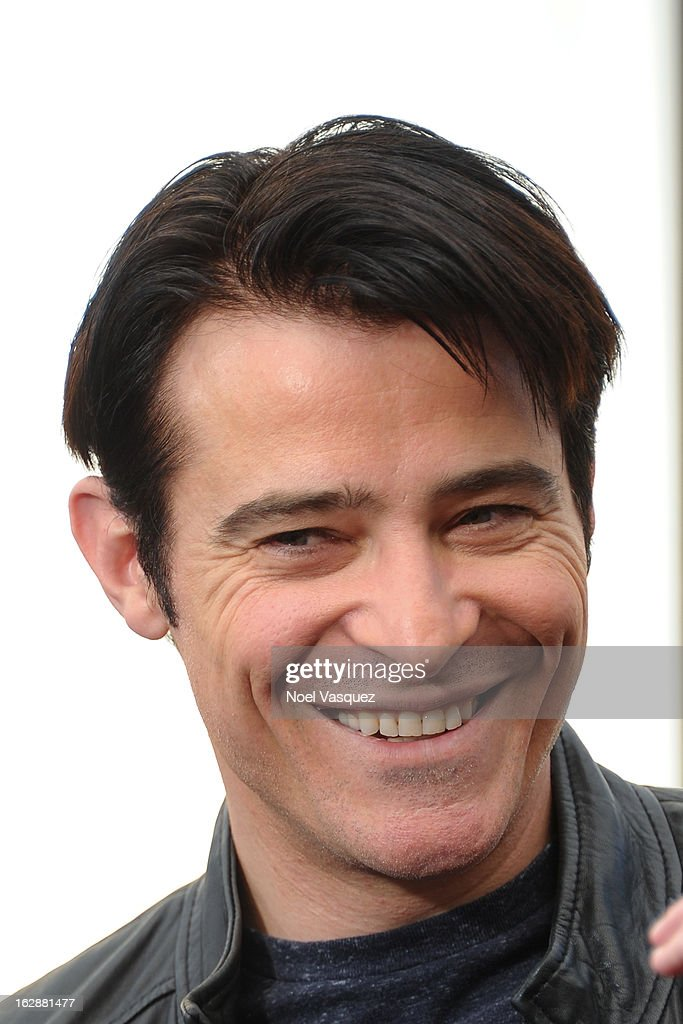 <a gi-track='captionPersonalityLinkClicked' href=/galleries/search?phrase=Goran+Visnjic&family=editorial&specificpeople=213921 ng-click='$event.stopPropagation()'>Goran Visnjic</a> visits Extra at The Grove on February 28, 2013 in Los Angeles, California.