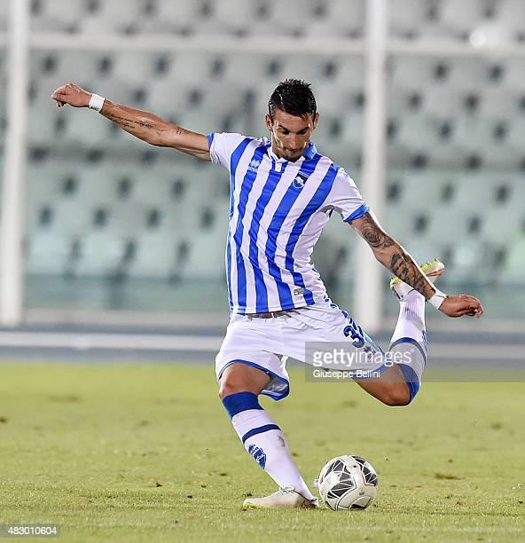 Gordan Bunoza of Pescara in action during the preseason friendly match between Pescara Calcio and US Sassuolo Calcio at Adriatico Stadium on August 2...