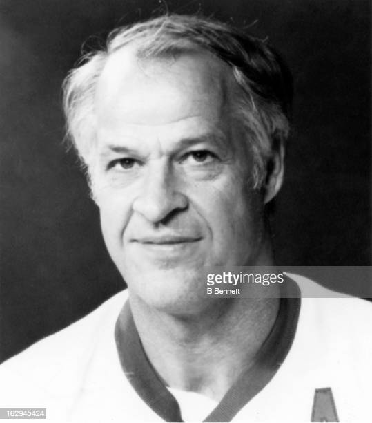 Gordie Howe of the Houston Aeros poses for a portrait circa 1976 in Houston Texas