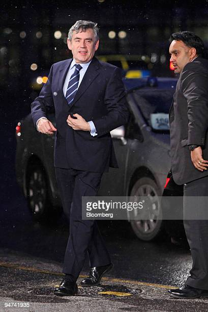 Gordon Brown UK prime minister left arrives for meetings on the final day of the COP15 United Nations Climate Change Conference at the Bella Centre...