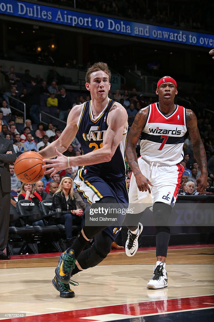 <a gi-track='captionPersonalityLinkClicked' href=/galleries/search?phrase=Gordon+Hayward&family=editorial&specificpeople=5767271 ng-click='$event.stopPropagation()'>Gordon Hayward</a> #20 of the Utah Jazz drives to the basket against the Washington Wizards at the Verizon Center on March 5, 2014 in Washington, DC.