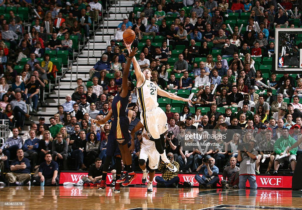 Gordon Hayward #20 of the Utah Jazz goes for the ball against Tyreke Evans #1 of the New Orleans Pelicans at EnergySolutions Arena on April 04, 2014 in Salt Lake City, Utah.