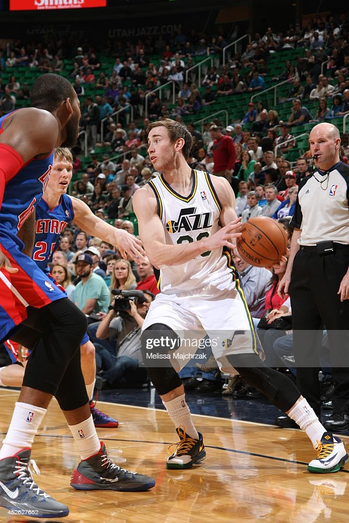 <a gi-track='captionPersonalityLinkClicked' href=/galleries/search?phrase=Gordon+Hayward&family=editorial&specificpeople=5767271 ng-click='$event.stopPropagation()'>Gordon Hayward</a> #20 of the Utah Jazz handles the ball against the Detroit Pistons at EnergySolutions Arena on March 24, 2014 in Salt Lake City, Utah.