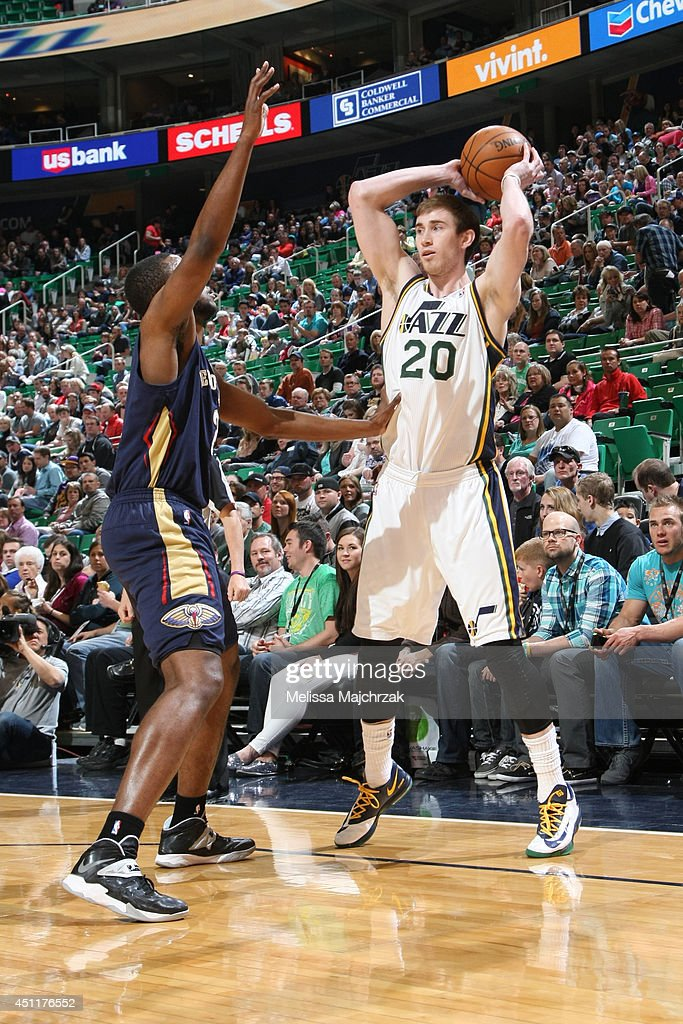 <a gi-track='captionPersonalityLinkClicked' href=/galleries/search?phrase=Gordon+Hayward&family=editorial&specificpeople=5767271 ng-click='$event.stopPropagation()'>Gordon Hayward</a> #20 of the Utah Jazz looks to pass against the New Orleans Pelicans at EnergySolutions Arena on April 04, 2014 in Salt Lake City, Utah.