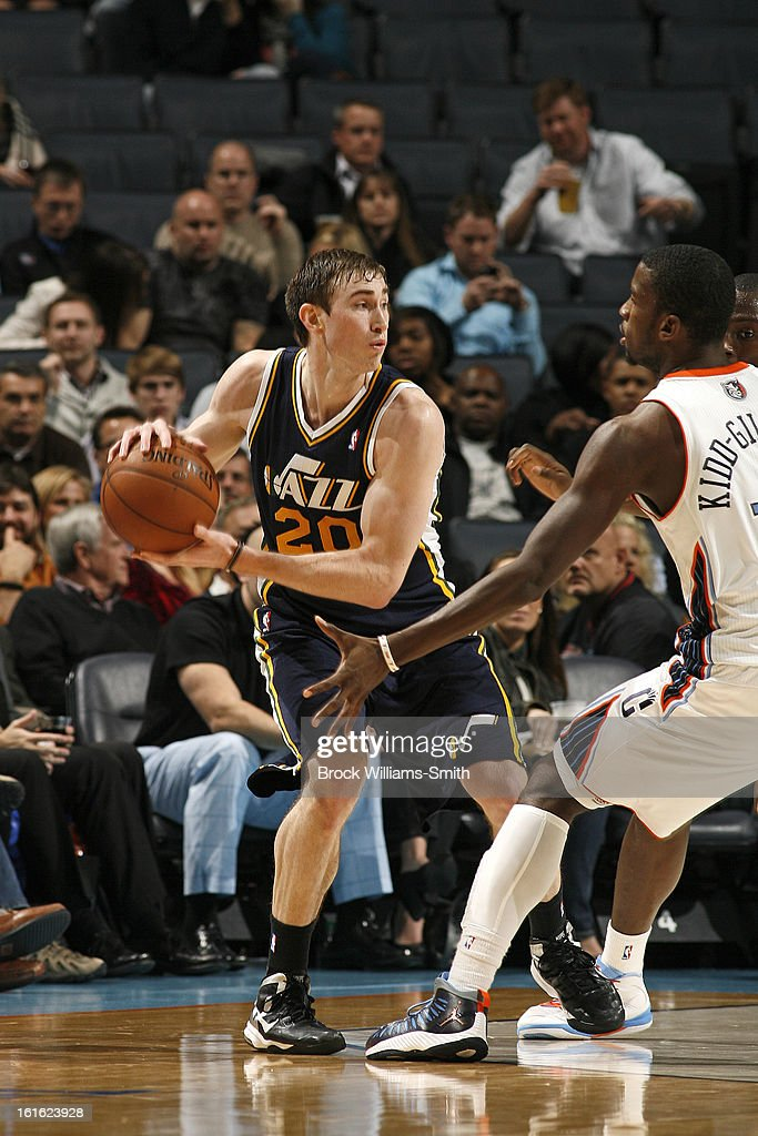 <a gi-track='captionPersonalityLinkClicked' href=/galleries/search?phrase=Gordon+Hayward&family=editorial&specificpeople=5767271 ng-click='$event.stopPropagation()'>Gordon Hayward</a> #20 of the Utah Jazz looks to pass the ball against the Charlotte Bobcats at the Time Warner Cable Arena on January 9, 2013 in Charlotte, North Carolina.