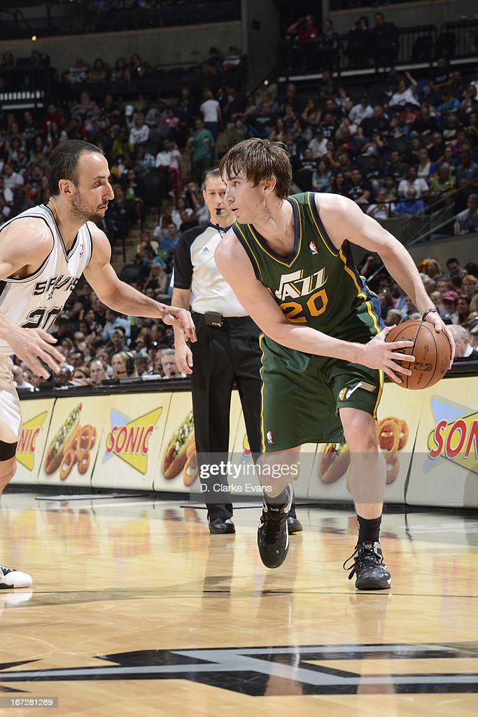 <a gi-track='captionPersonalityLinkClicked' href=/galleries/search?phrase=Gordon+Hayward&family=editorial&specificpeople=5767271 ng-click='$event.stopPropagation()'>Gordon Hayward</a> #20 of the Utah Jazz looks to pass the ball against the San Antonio Spurs on March 22, 2013 at the AT&T Center in San Antonio, Texas.