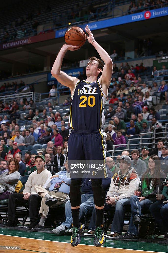 Gordon Hayward #20 of the Utah Jazz shoots against the Milwaukee Bucks on March 3, 2014 at the BMO Harris Bradley Center in Milwaukee, Wisconsin.
