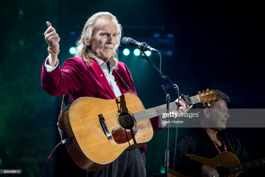 Gordon Lightfoot performs during Canada Day celebrations at Parliament Hill on July 1, 2017 in Ottawa, Canada.