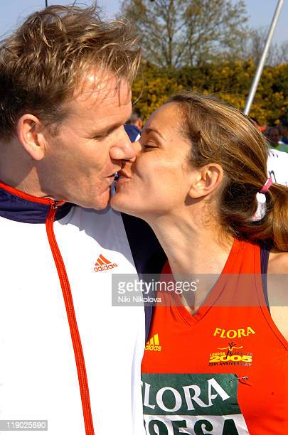 Gordon Ramsay and wife Tana Ramsay during 2005 Flora London Marathon at The Mall in London Great Britain