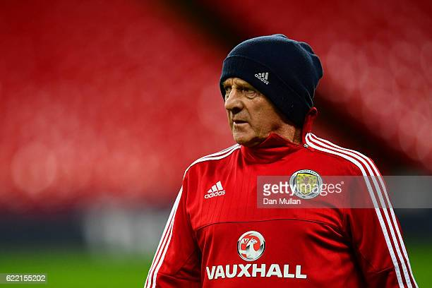 Gordon Strachan manager of Scotland looks on during a training session ahead of the FIFA 2018 World Cup qualifying group F match against England at...