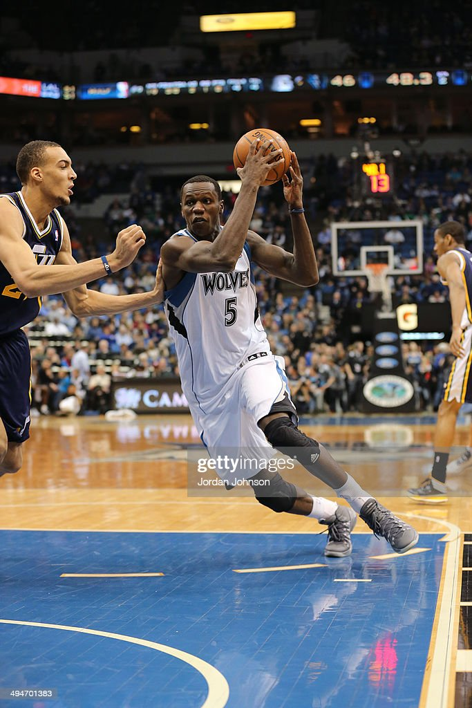 <a gi-track='captionPersonalityLinkClicked' href=/galleries/search?phrase=Gorgui+Dieng&family=editorial&specificpeople=7363274 ng-click='$event.stopPropagation()'>Gorgui Dieng</a> #5 of the Minnesota Timberwolves drives to the basket against the Utah Jazz on April 16, 2014 at Target Center in Minneapolis, Minnesota.