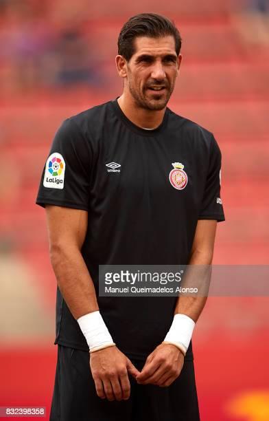 Gorka Iraizoz of Girona looks on prior to the preseason friendly match between Girona and Manchester City at Municipal de Montilivi Stadium on August...