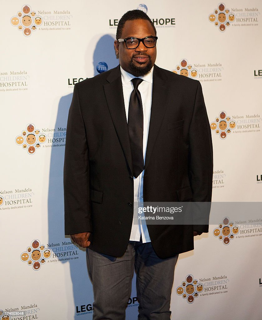 Gospel music artist Hezekiah Walker attends The Nelson Mandela Legacy Of Hope Foundation Event at Gotham Hall on July 18, 2013 in New York City.