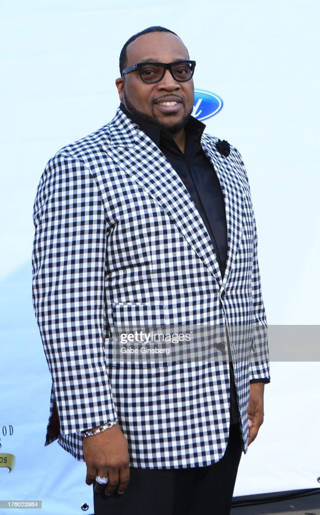 Gospel singer Marvin Sapp arrives at the 11th annual Ford Neighborhood Awards at the MGM Grand Garden Arena on August 10, 2013 in Las Vegas, Nevada.