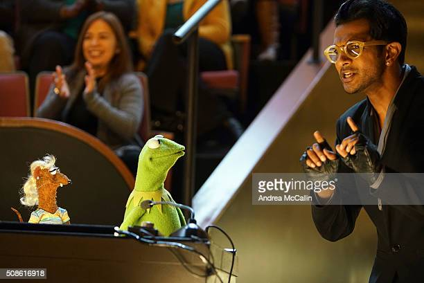 THE MUPPETS 'Got Silk' Miss Piggy goes to an aerial silks class in at attempt to make new friends and Gonzo Pepe and Rizzo fall under Pache's spell...