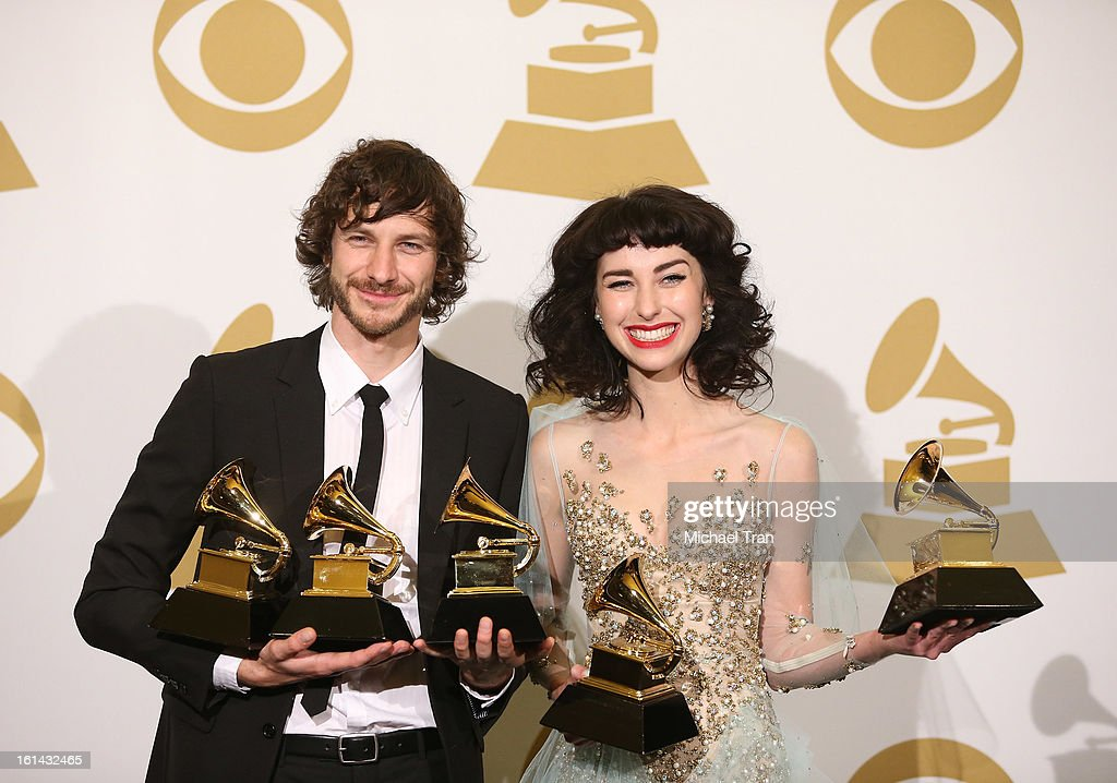 <a gi-track='captionPersonalityLinkClicked' href=/galleries/search?phrase=Gotye&family=editorial&specificpeople=4056440 ng-click='$event.stopPropagation()'>Gotye</a> (L) and Kimbra attend The 55th Annual GRAMMY Awards - press room held at Staples Center on February 10, 2013 in Los Angeles, California.