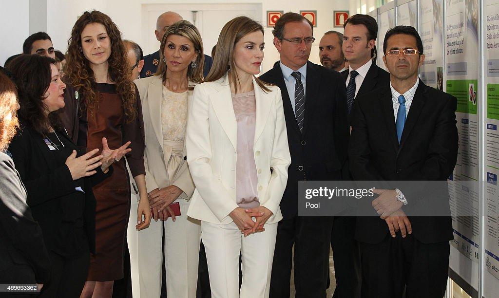 government-delegate-in-catalonia-llanos-de-luna-queen-letizia-of-of-picture-id469693362