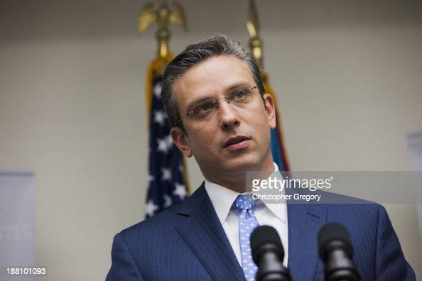 Governor Alejandro Garca Padilla announces a 200 million dollar expansion of pharmaceutical operations of Eli Lilly in Puerto Rico at the Governor's...