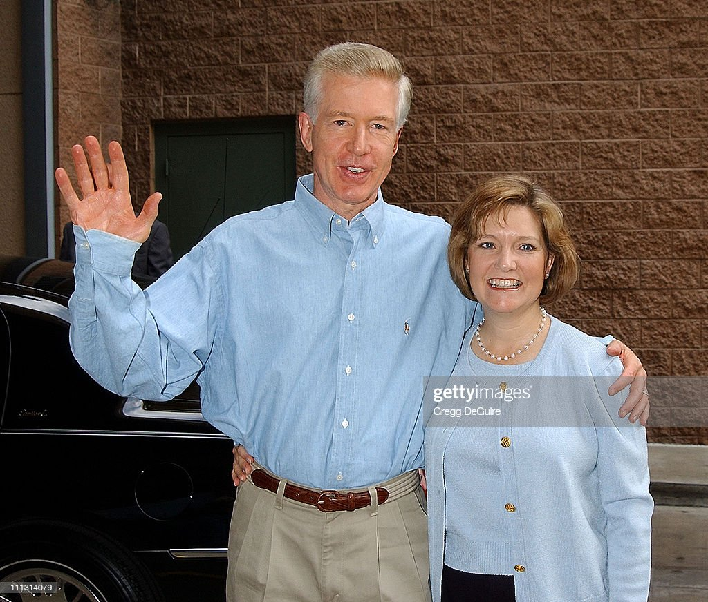 Governor <a gi-track='captionPersonalityLinkClicked' href=/galleries/search?phrase=Gray+Davis&family=editorial&specificpeople=200688 ng-click='$event.stopPropagation()'>Gray Davis</a> & wife <a gi-track='captionPersonalityLinkClicked' href=/galleries/search?phrase=Sharon+Davis&family=editorial&specificpeople=577720 ng-click='$event.stopPropagation()'>Sharon Davis</a> during Los Angeles Mission Thanksgiving Meal for the Homeless in Los Angeles, California, United States.