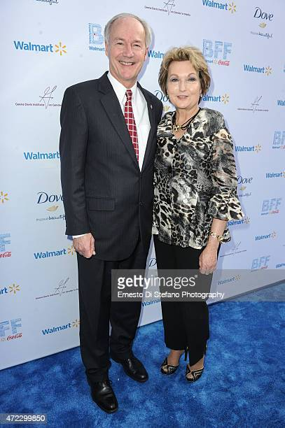 Governor of Arkansas Asa Hutchinson and Susan Hutchinson attend the 1st Annual Bentonville Film Festival opening day ceremony on May 5 2015 in...