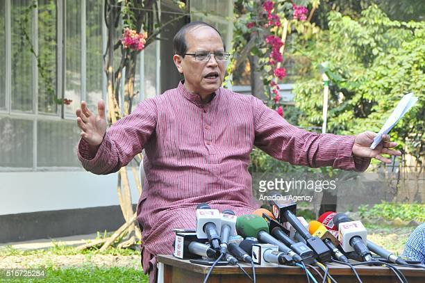Governor of Central Bank of Bangladesh Atiur Rahman talks to journalists at his residence after he resigned from his position in Dhaka Bangladesh on...