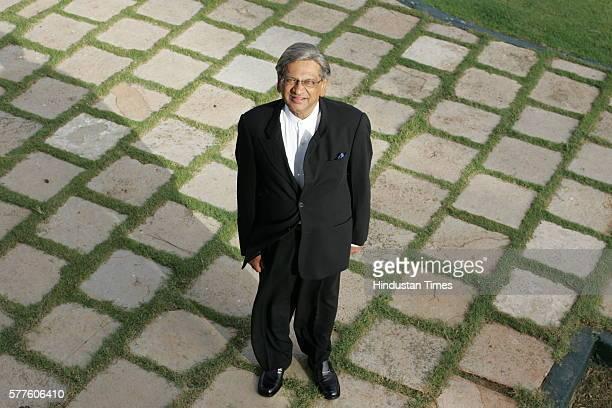 Governor of Maharashtra SM Krishna at Raj Bhavan
