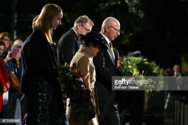 Governor of NSW David Hurley lays a reath at the Cenotaph during the Sydney Dawn Service on April 25 2017 in Sydney Australia Australians...