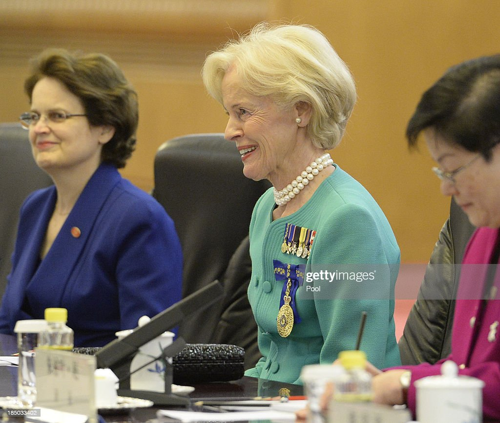 Governor-General of Australia Quentin Bryce (C) speaks with Chinese President Xi Jinping during a meeting at the Great Hall of the People on October 17, 2013 in Beijing, China. The two leaders met to discuss China-Australia relations and the further growth of these.