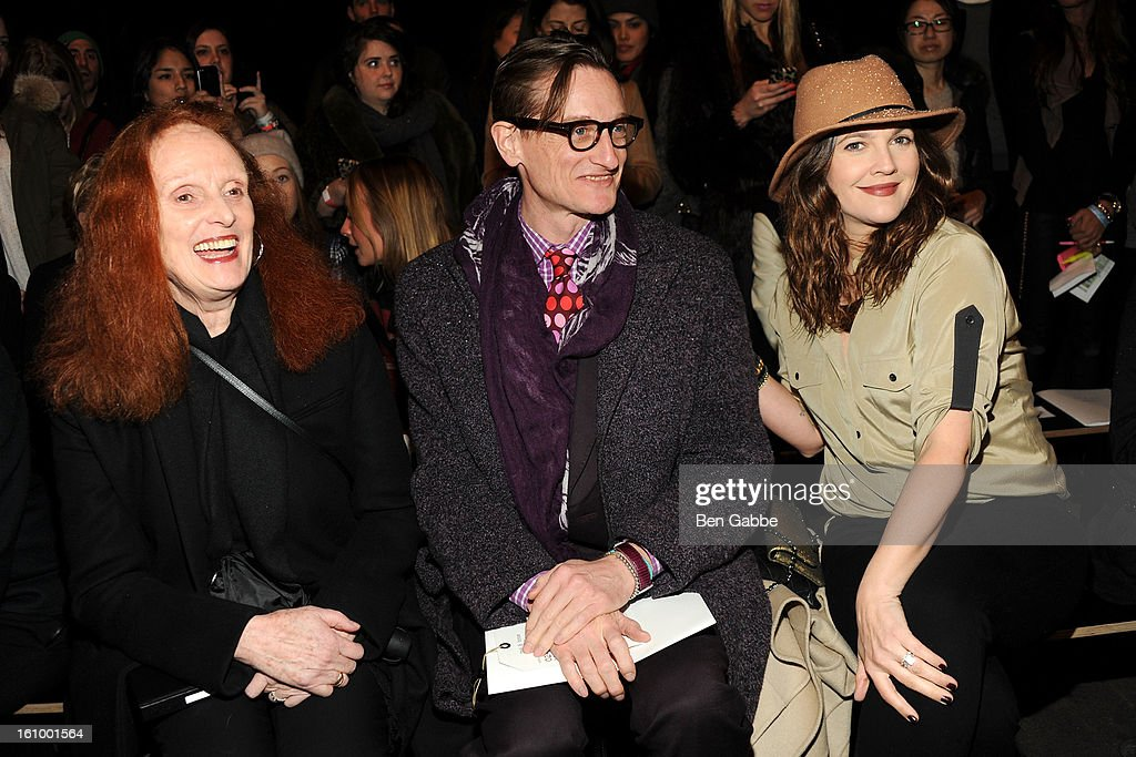 <a gi-track='captionPersonalityLinkClicked' href=/galleries/search?phrase=Grace+Coddington&family=editorial&specificpeople=1706831 ng-click='$event.stopPropagation()'>Grace Coddington</a>, <a gi-track='captionPersonalityLinkClicked' href=/galleries/search?phrase=Hamish+Bowles&family=editorial&specificpeople=217532 ng-click='$event.stopPropagation()'>Hamish Bowles</a> and <a gi-track='captionPersonalityLinkClicked' href=/galleries/search?phrase=Drew+Barrymore&family=editorial&specificpeople=201623 ng-click='$event.stopPropagation()'>Drew Barrymore</a> attend the Rag & Bone Women's fall 2013 fashion show during Mercedes-Benz Fashion Week at Skylight Studios at Moynihan Station on February 8, 2013 in New York City.