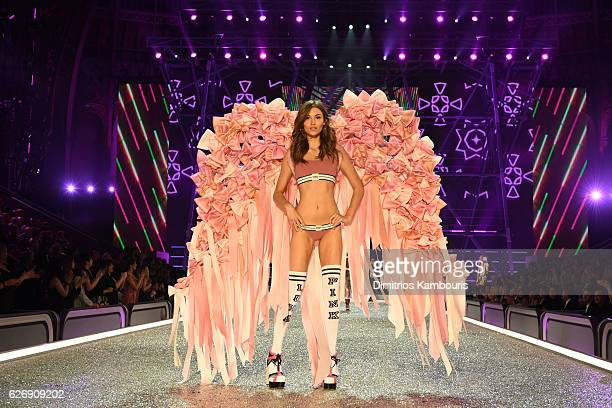 Grace Elizabeth walks the runway during the 2016 Victoria's Secret Fashion Show on November 30 2016 in Paris France