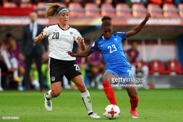 Grace Geyoro of France battles for the ball with Lisa Makas of Austria during the Group C match between France and Austria during the UEFA Women's...