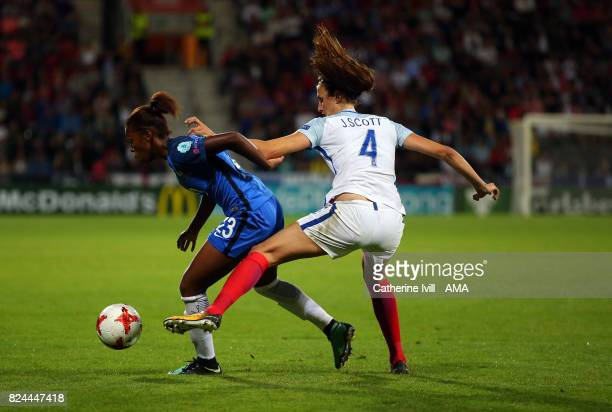Grace Geyoro of France Women and Jill Scott of England Women during the UEFA Women's Euro 2017 match between England and France at Stadion De...