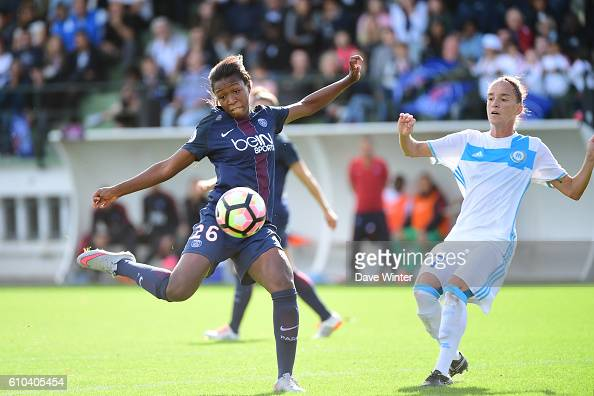 Grace Geyoro of PSG and Nora Coton Pelagie of Marseille during the women's French D1 league match between PSG and Olympique de Marseille at Camp des...