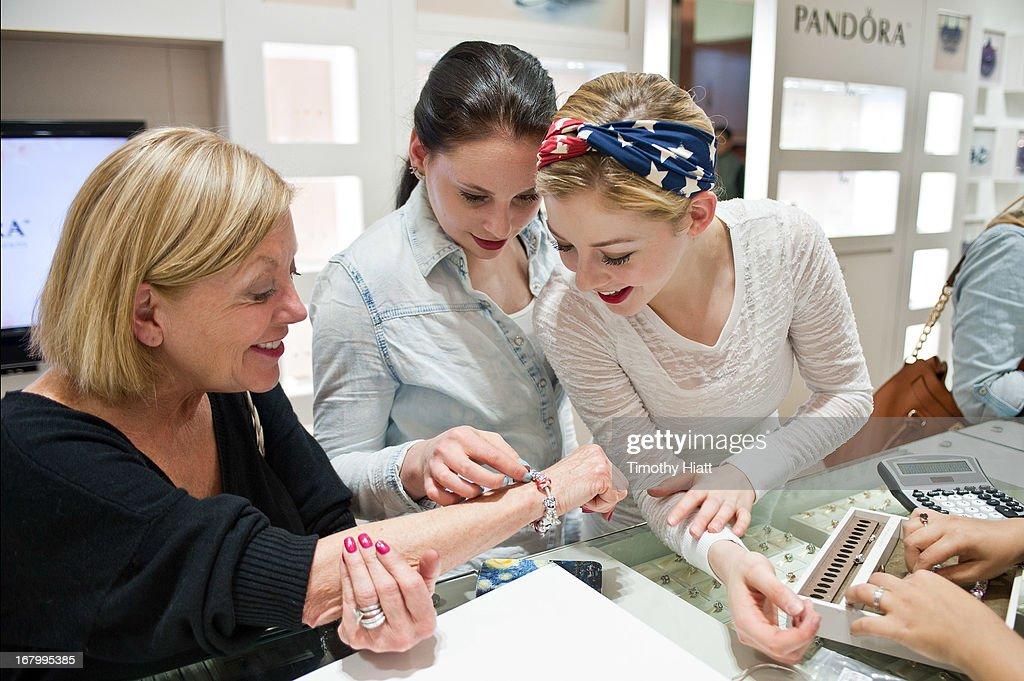 Gracie Gold Visits PANDORA At Woodfield Mall