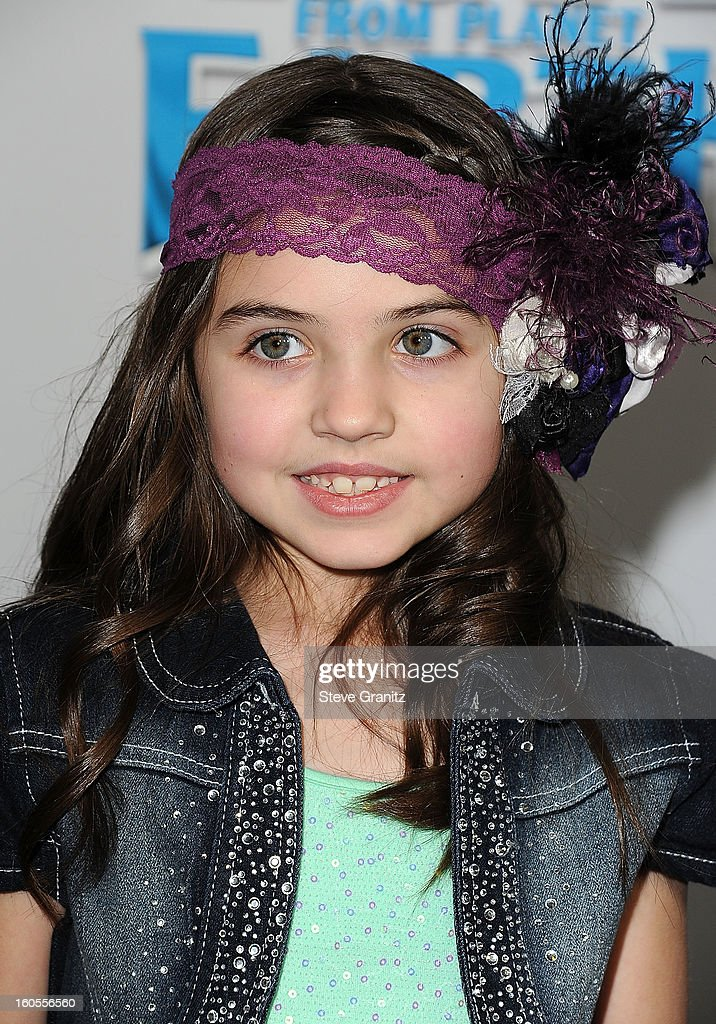 Gracie Whitton arrives at 'Escape From Planet Earth' at Mann Chinese 6 on February 2, 2013 in Los Angeles, California.