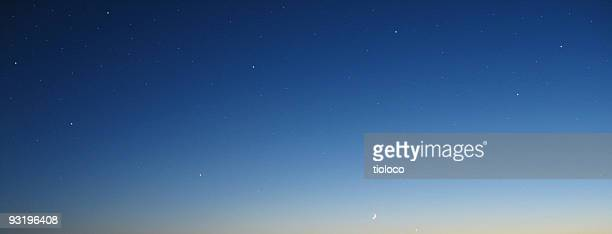 gradient night sky