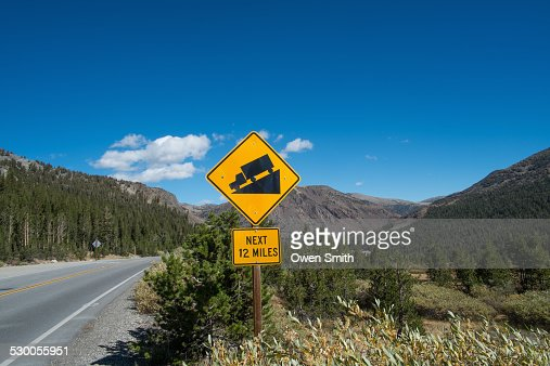 Gradient warning sign on highway 140, Yosemite National Park, California, USA