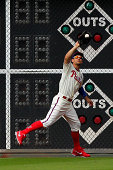 Grady Sizemore of the Philadelphia Phillies catches a fly ball in the ninth inning during a game against the New York Mets at Citizens Bank Park on...