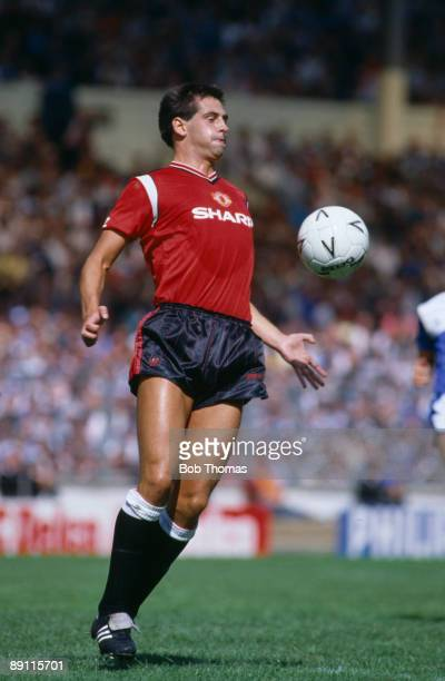 Graeme Hogg in action for Manchester United against Everton during the FA Charity Shield at Wembley Stadium in London 10th August 1985 Everton won 20