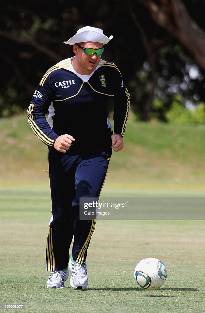 Graeme Smith attends during the South African national cricket team nets session and press conference at Claremont Cricket Club on January 17, 2013 in Cape Town, South Africa.