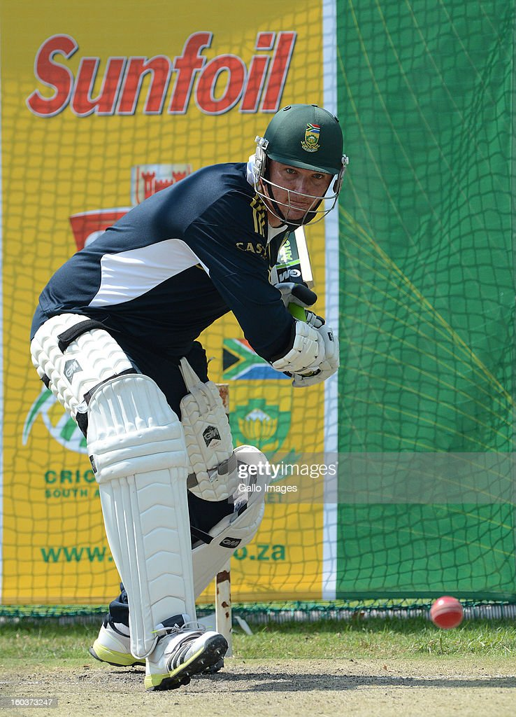 <a gi-track='captionPersonalityLinkClicked' href=/galleries/search?phrase=Graeme+Smith&family=editorial&specificpeople=193816 ng-click='$event.stopPropagation()'>Graeme Smith</a> bats in the nets during the South African National cricket team training session at Bidvest Wanderers Stadium on January 30, 2013 in Johannesburg, South Africa.