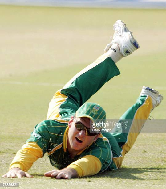Graeme Smith dives for the ball during the ICC Twenty20 World Cup Super Eight match between South Africa and New Zealand held at Kingsmead Cricket...