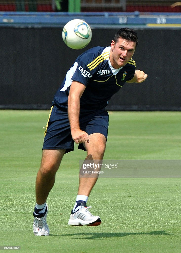 <a gi-track='captionPersonalityLinkClicked' href=/galleries/search?phrase=Graeme+Smith&family=editorial&specificpeople=193816 ng-click='$event.stopPropagation()'>Graeme Smith</a> during a South Africa National cricket team training session ahead of <a gi-track='captionPersonalityLinkClicked' href=/galleries/search?phrase=Graeme+Smith&family=editorial&specificpeople=193816 ng-click='$event.stopPropagation()'>Graeme Smith</a>'s 100th Test as captain at Sandton City on January 29, 2013 in Johannesburg, South Africa.