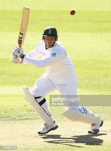 Graeme Smith of South Africa bats during day three of the First Test match between New Zealand and South Africa at the University Oval on March 09...